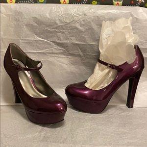 WORN ONCE Guess shiny purple platform heels. W 9.